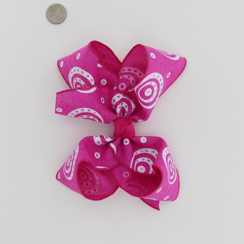 """Hot Pink Jute with Silver gliltter Circle prints Aligator clip, French, or Pony 7"""""""