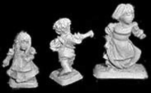 Female Hobbit and Children