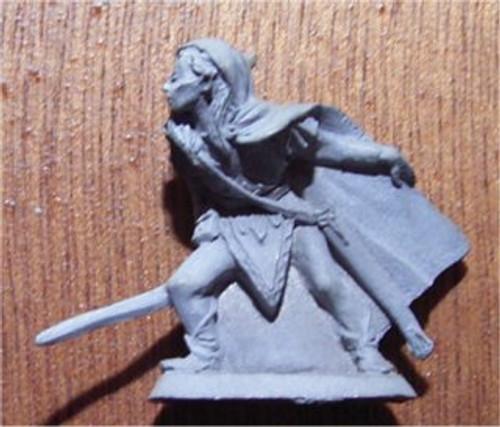 Archive | M71 LOTR 'Silvan swordsman' Metal Miniature.