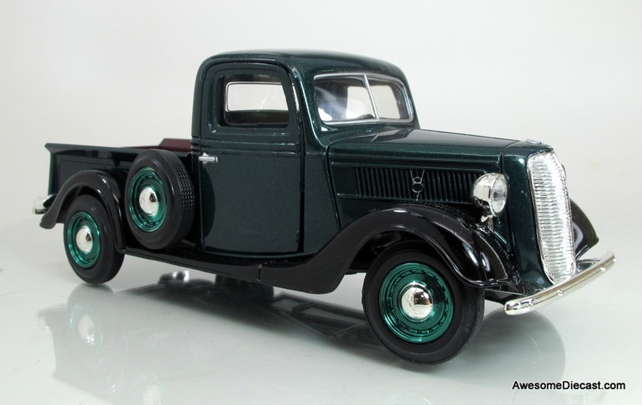 Motormax 1:24 1937 Ford Pickup- Green - Awesome Diecast