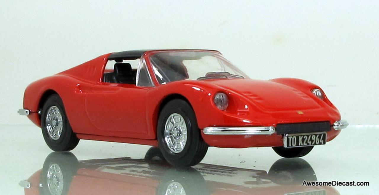 Dinky 1 43 1973 Ferrari Dino 246 Gts