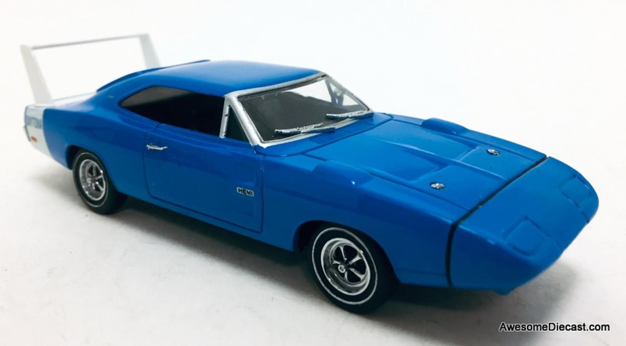Universal Hobbies 1 43 1969 Dodge Charger Daytona Blue