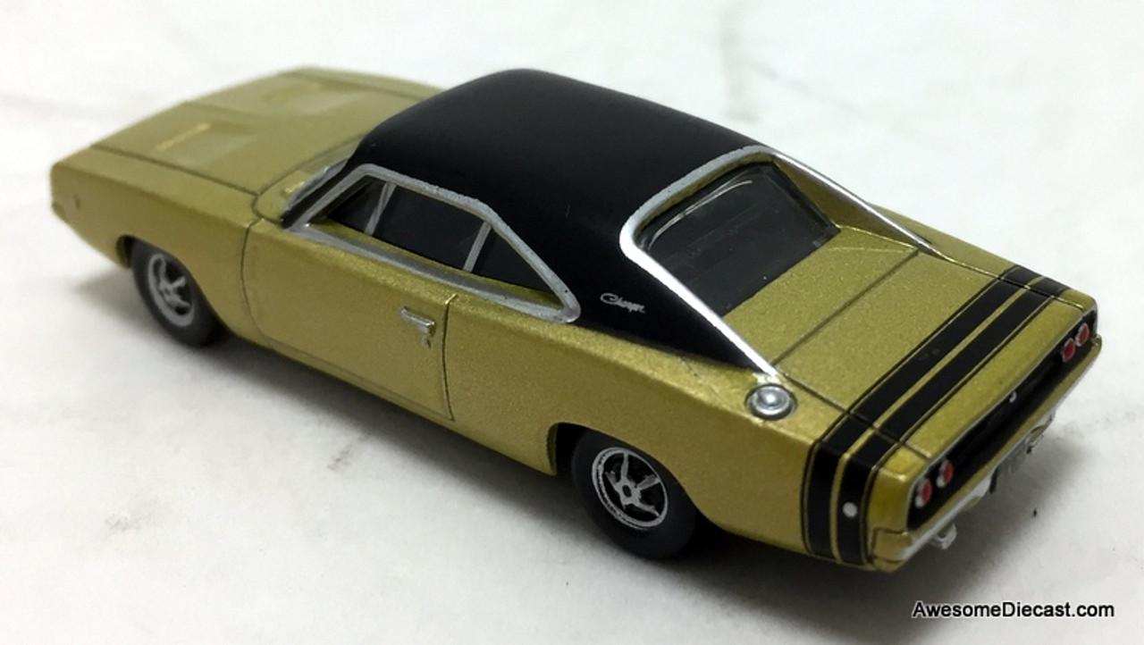 1968 DODGE CHARGER R//T 440 V8 GREEN METALLIC Car Vintage Look Replica Metal Sign