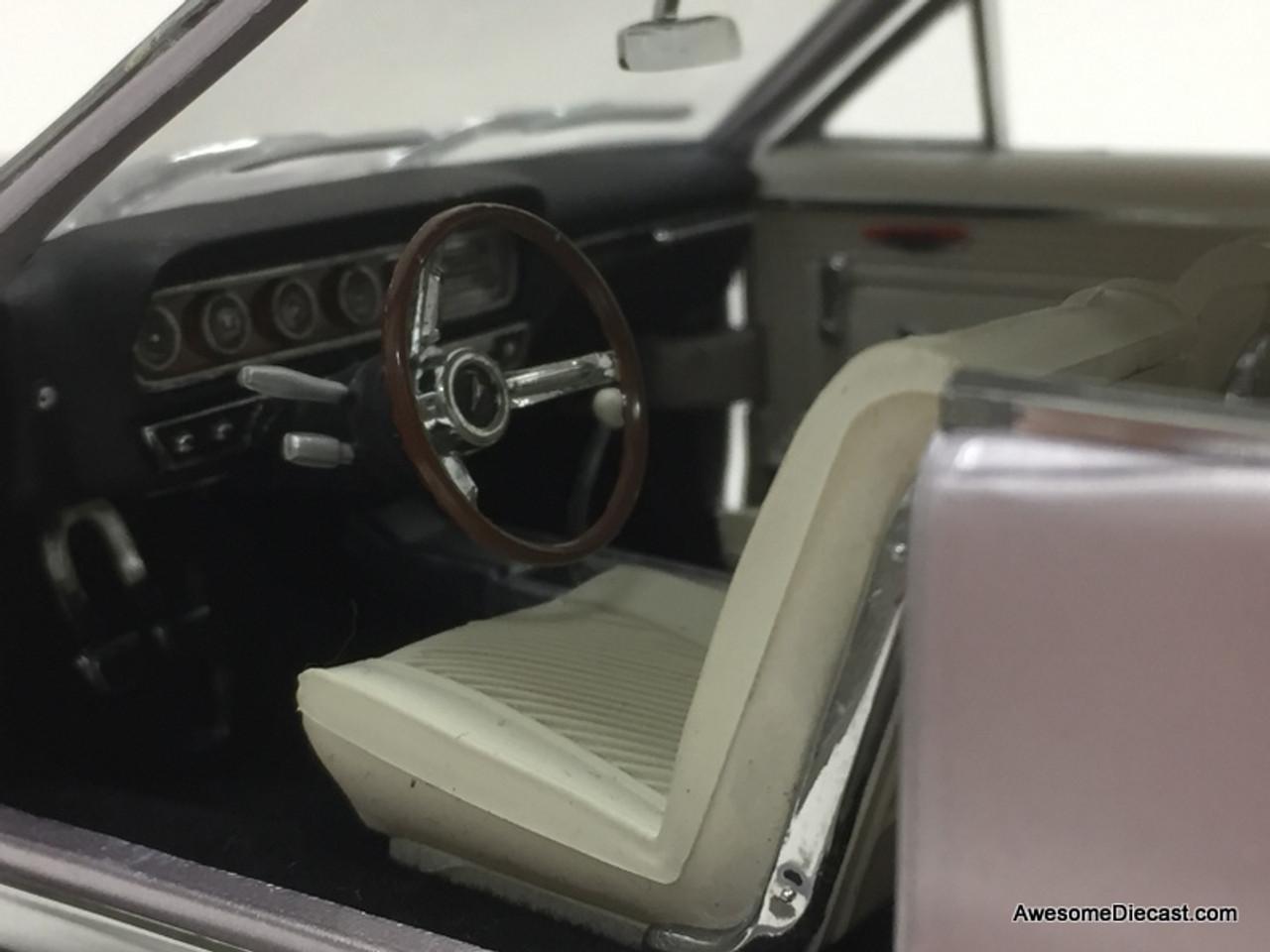 Danbury Mint 1:24 1965 Pontiac GTO, Iris Mist Metallic