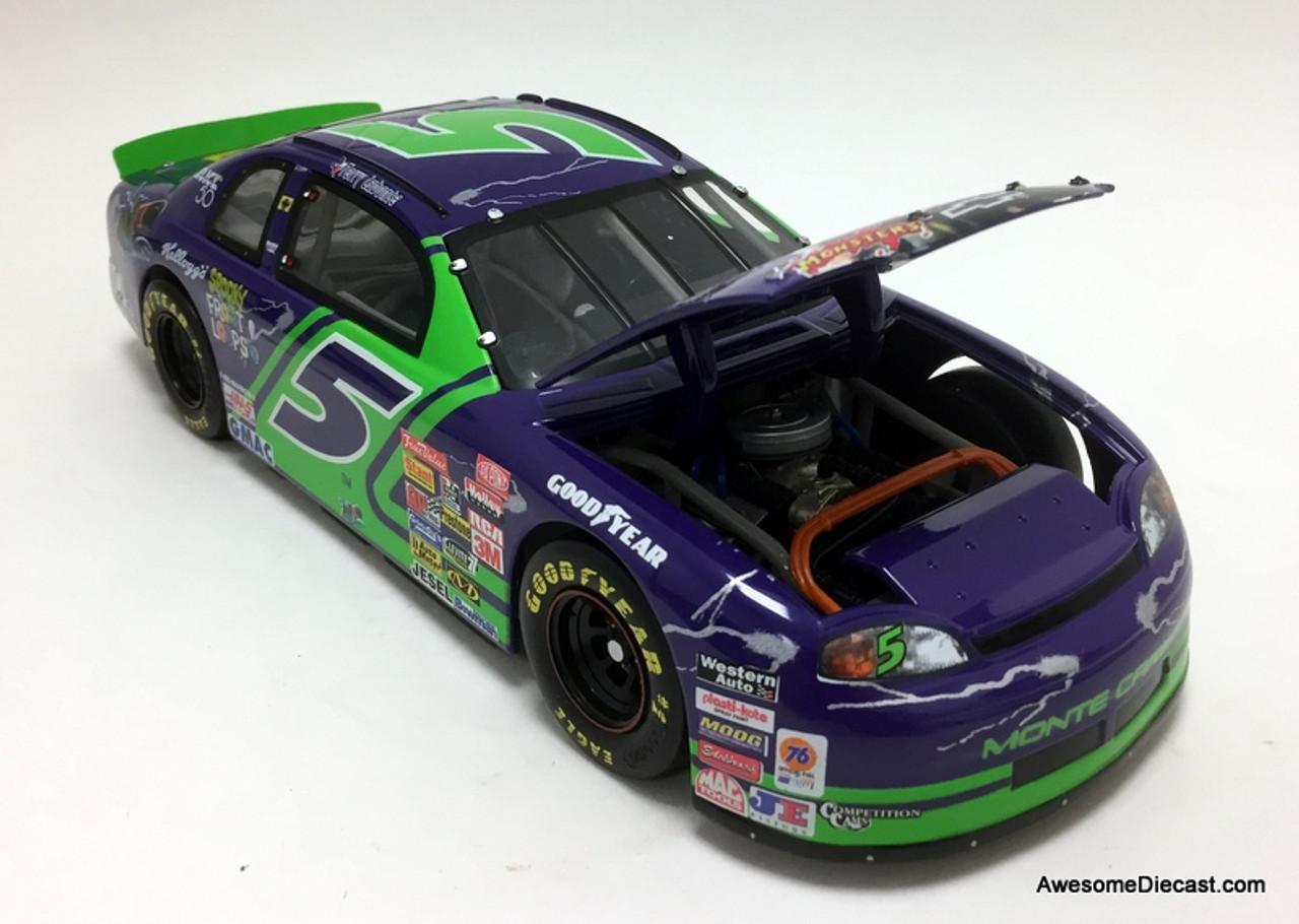 Revell 1:18 1997 Chevrolet Monte Carlo #5 Kelloggs Spooky: Frankensten, Terry Labonte