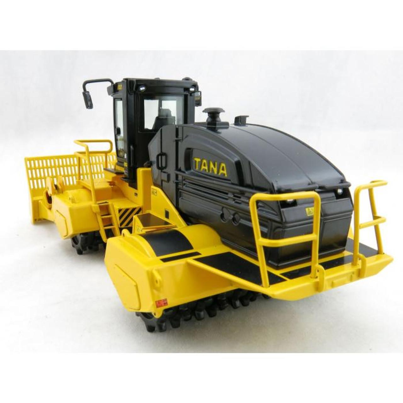 NZG 1:50 Tana E520 Landfill Compactor