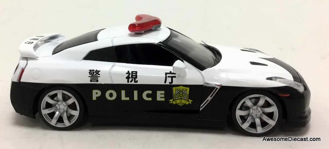 Greenlight 1:43 2008 Nissan GT-R (R35) Police Car: Tokyo Police Department