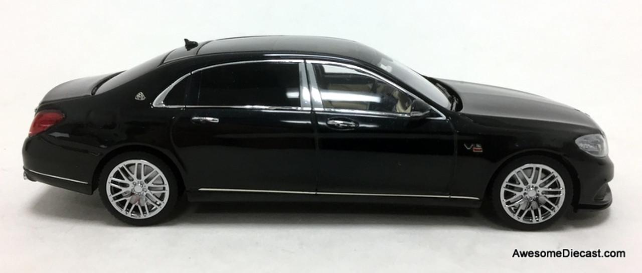 Minichamps 1:43 2016 Mercedes-Benz Maybach S600 V12 Brabus 900