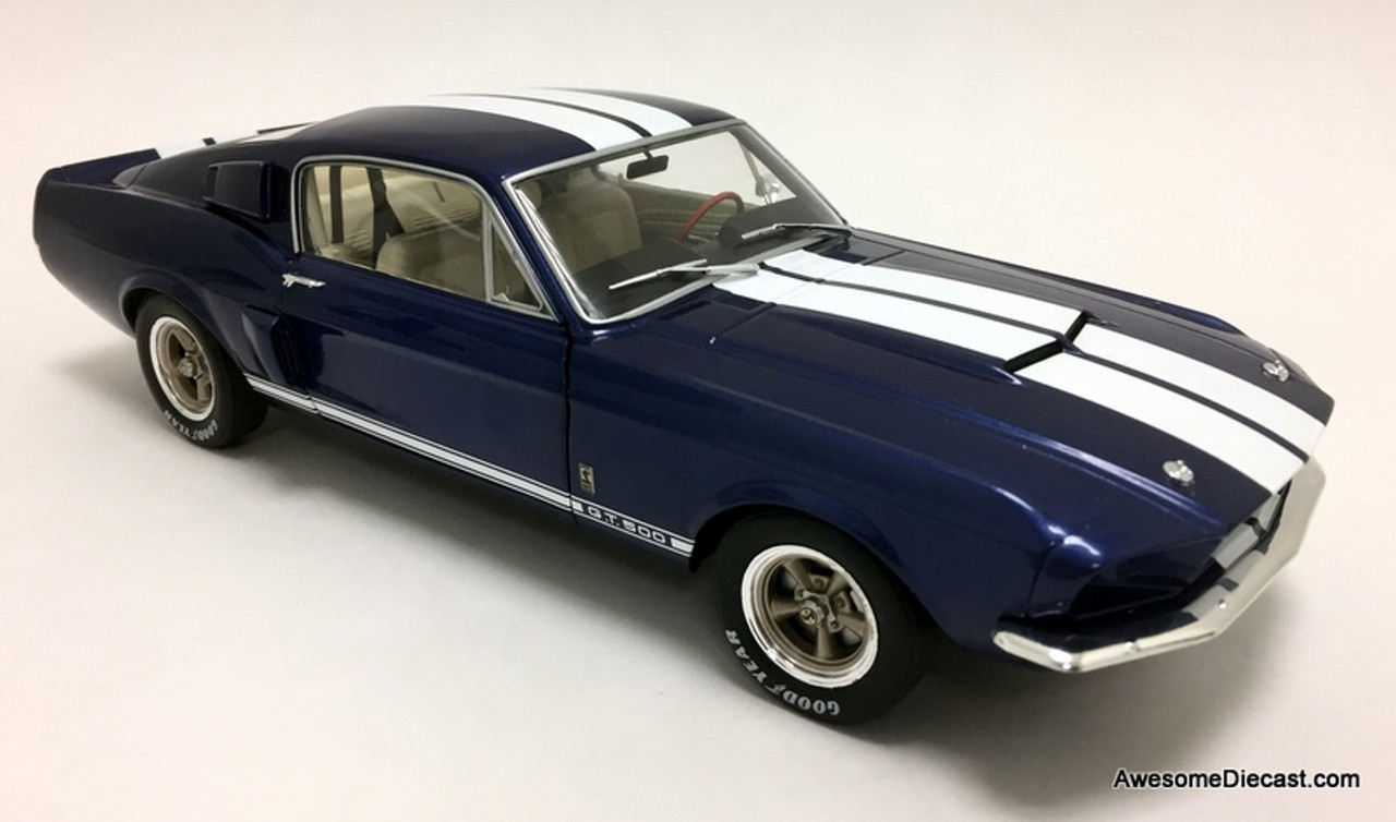 Solido 1:18 Ford Shelby Mustang GT500, Metallic Blue