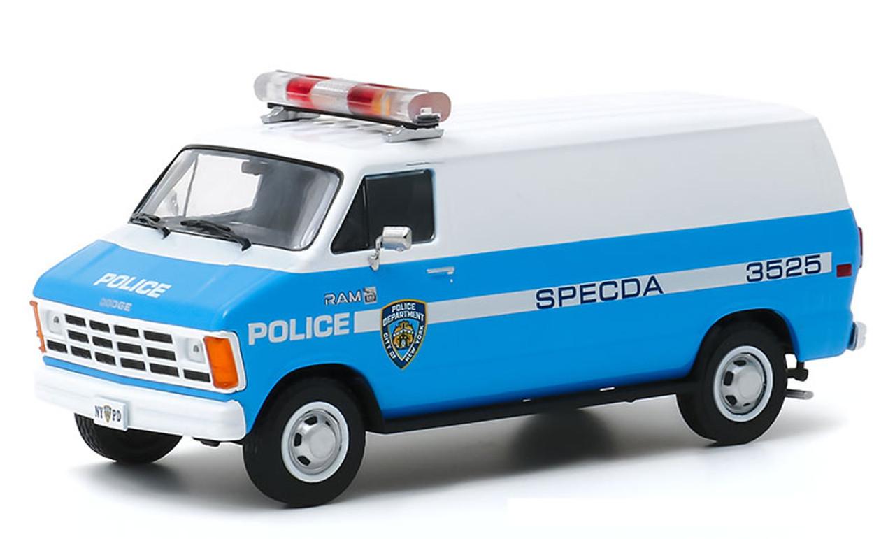 Greenlight 1:43 1987 Dodge Ram 1500 Van - NYPD
