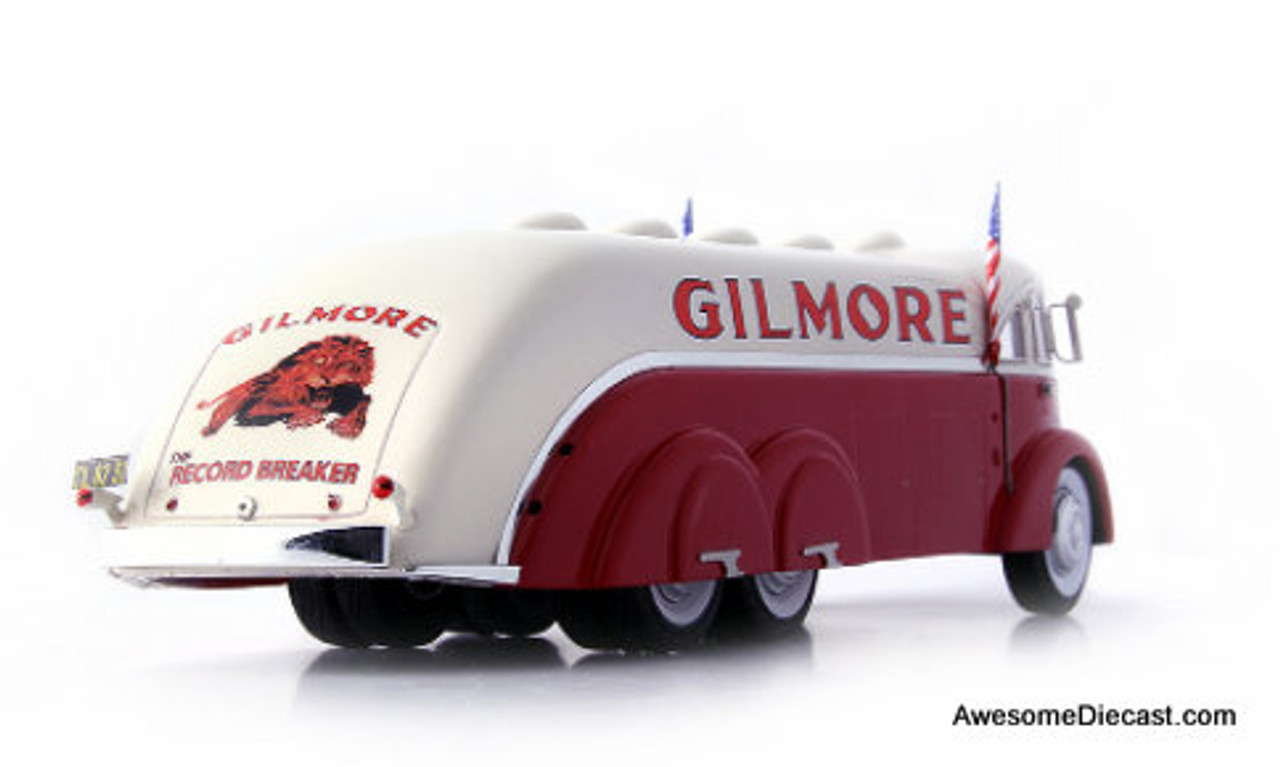AutoCult 1:43 White Streamline Gas Tanker: Gilmore Oil Company