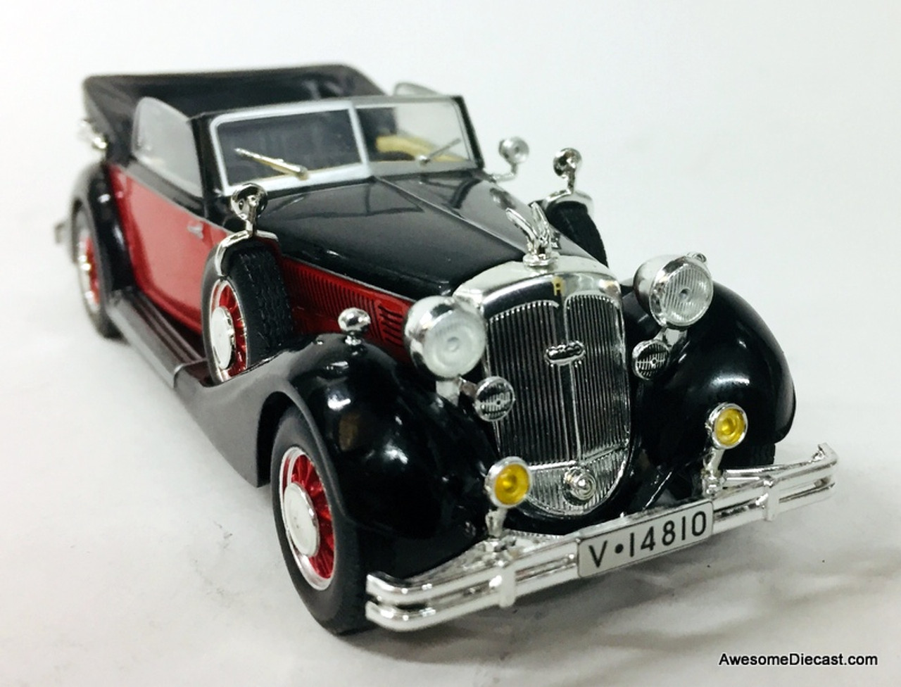 IXO 1:43 1938 Horch 853A Convertible, Red/Black
