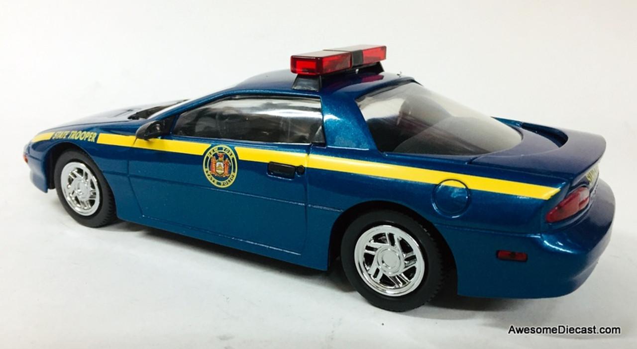RARE!! Code 3 1:24 1994 Chevrolet Camaro: New York State Police Trooper