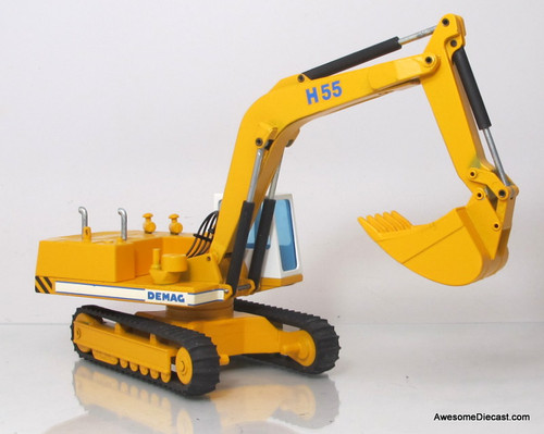 NZG 1:50 Demag H-55 Hydraulic Excavator