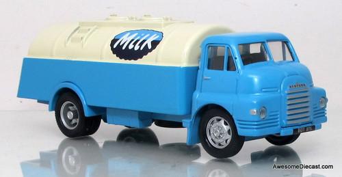 Corgi 1:50 Bedford S Tanker - Milk