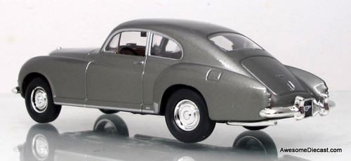 Yat Ming 1:43 1954 Bentley R-Type Continental