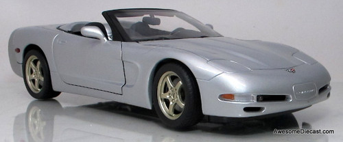 UT Models 1:18 1998 Chevrolet Corvette Convertible
