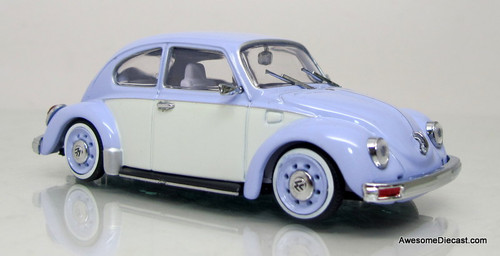 Universal Hobbies 1:43 Volkswagen Beetle 1303 Coupe