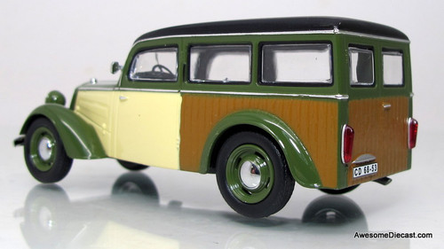 IST Models 1:43 1955 IFA F8 Kombi Wagon