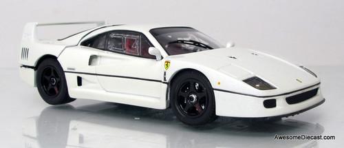 Kyosho 1:43 Ferrari F40 Light Weight 20th Anniversary Edition, Pearl White Metallic