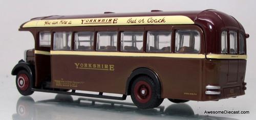 EFE 1:76 Leyland TS8 Tiger Type A - Yorkshire Woollen