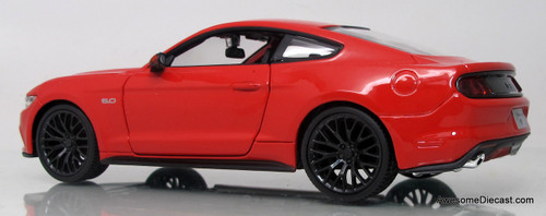 Maisto 1:24 2015 Ford Mustang GT