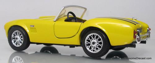 Maisto 1:24 1965 Shelby Cobra 427