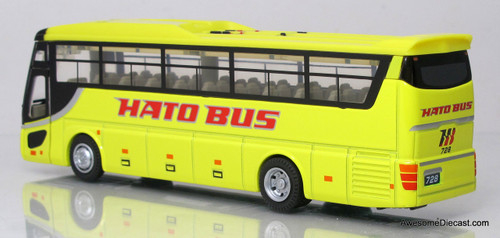 Diapet 1:72 Isuzu Motorcoach - Hato Bus