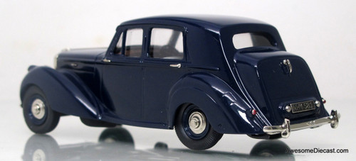 Lansdowne Models 1:43 1951 Bentley MK VI 4-Door Saloon