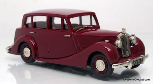 Lansdowne Models 1:43 1954 Triumph Renown MK II TDC Saloon