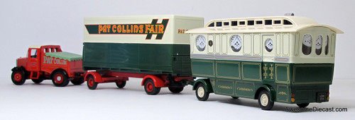Corgi 1:50 Scammell Highwayman Closed Pole Trailer & Caravan