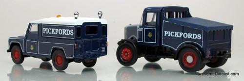 Corgi 1:50 Scammell Highwayman Ballast & Land Rover - Pickfords
