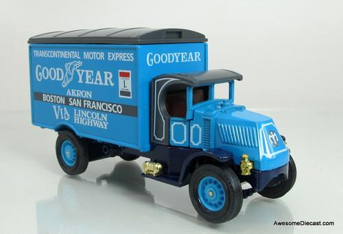 Matchbox Models of Yesteryear 1930 Mack AC- Goodyear