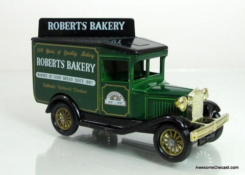 Lledo 1928 Ford Model A Van- Roberts Bakery