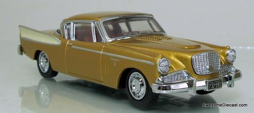 Matchbox Dinky 1:43 1958 Studebaker Golden Hawk