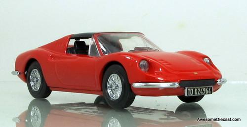 Dinky 1:43 1973 Ferrari Dino 246 GTS
