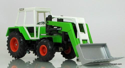 Siku 1:32 Fendt Tractor & Front Loader