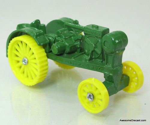 Ertl 1:64 1914 John Deere Waterloo Boy Tractor