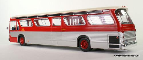 IXO 1:43 GMC Fishbowl TDH-5301 Transit Bus: TTC / Toronto Transit Commission