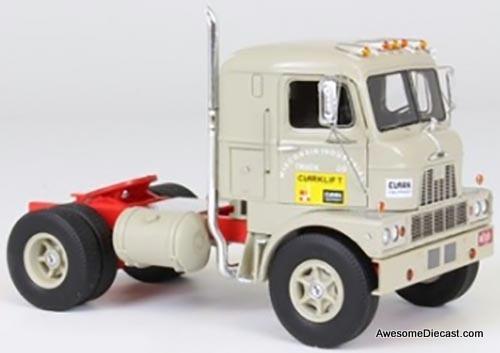 Neo  1:43 1960 Mack M-67 COE Tractor
