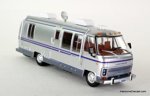 Greenlight 1:43 1981 Airstream Excella 280 Turbo RV