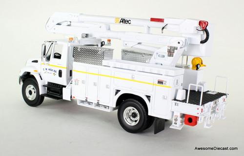 First Gear 1:32 International Bucket Utility Truck