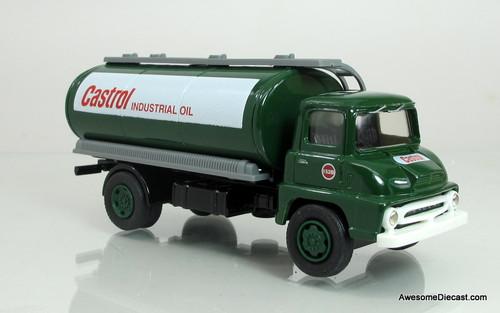Vanguards 1:64 Ford Thames Trader Tanker- Castrol Oil
