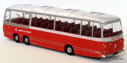Atlas 1:76 Bedford Val Plaxton Panorama Coach