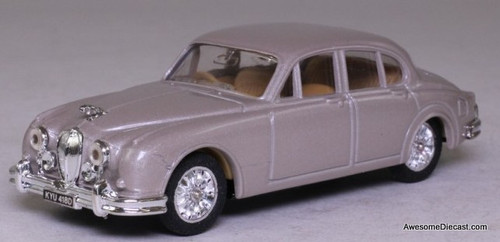 Corgi 1:43 1959 Jaguar MK2, Silver