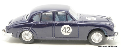 Corgi 1:43 Jaguar MK2, Blue 'Stirling Moss'