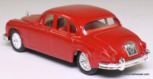 Corgi 1:43 1959 Jaguar MK11, Red