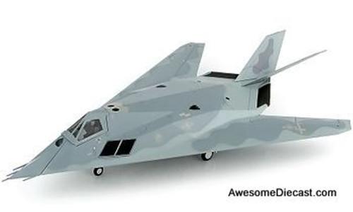 "Hobby Master 1:72 Lockheed F-117A ""Gray Dragon"" 53 TEG Det 1 53 WG USAF Holloman AFB 2004"
