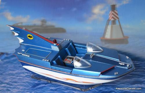 Eaglemoss Models Batman & Robin 'Bat Boat'