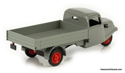Schuco 1:43 Tempo Tricycle Pritschenwagen (Flat Bed)